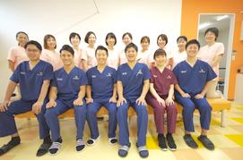 症状の回復を最優先に整形外科など他の医療機関とも提携